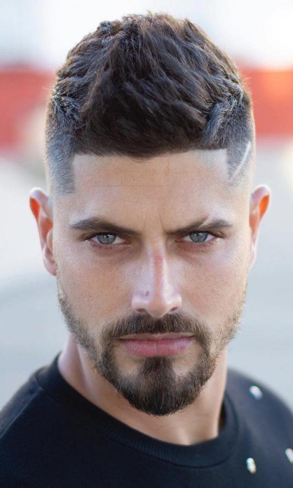Immagini Moda Tagli capelli uomo 2019 Immagini Moda Tagli capelli uomo 2019 600x997 - Moda Tagli Capelli Uomo 2019