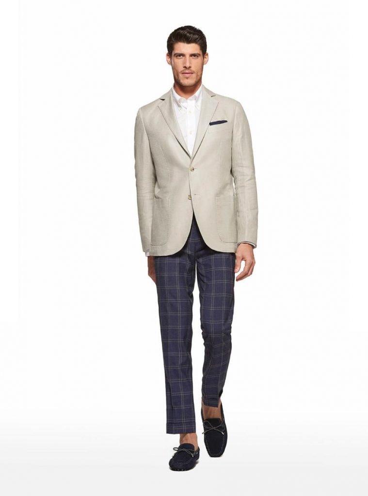 Giacca in misto lino color ecru Gutteridge estate 2019 759x1024 - Giacche Uomo Gutteridge collezione primavera estate 2019