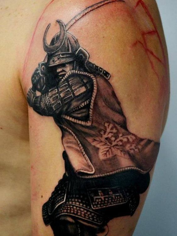 Tatuaggio sul braccio Samurai guerriero - Tatuaggio Uomo Samurai