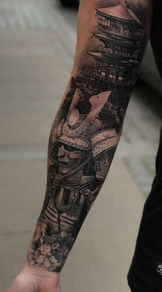 Tatuaggio uomo samurai lungo tutto il braccio - Tatuaggio Uomo Samurai