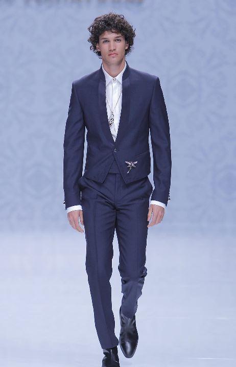 Abito da sposo blu con giacca corta Carlo Pignatelli 2020 - Abiti da Sposo 2020 Carlo Pignatelli