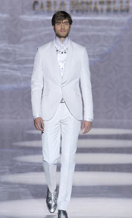 Carlo Pignatelli Abito da sposo bianco sfilata 2020 - Abiti da Sposo 2020 Carlo Pignatelli