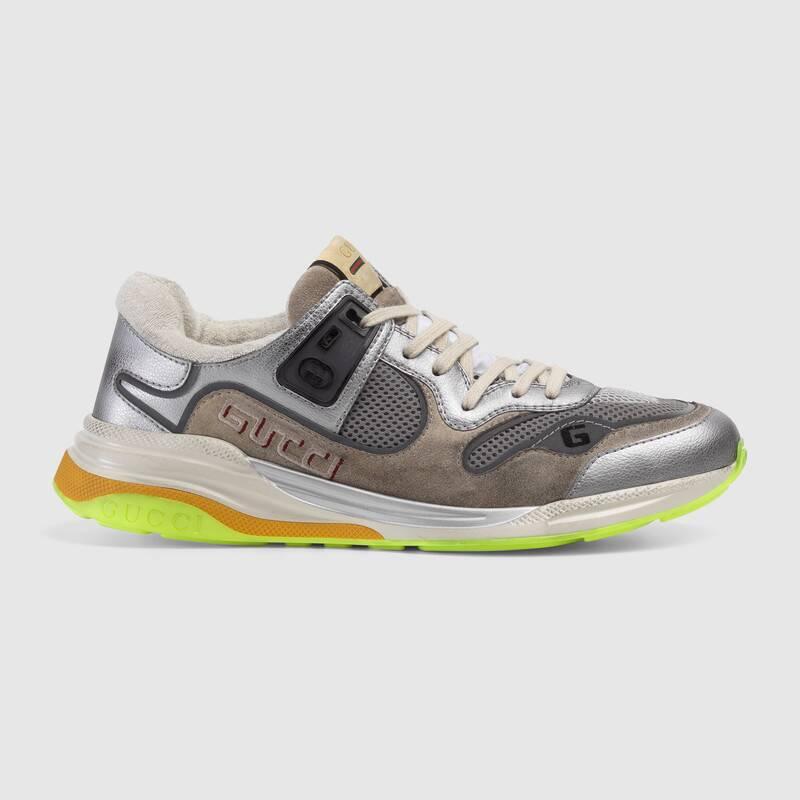Nuove scarpe uomo Gucci modello Ultrapace in pelle metallizzata argento collezione inverno 2019 2020 - Nuove scarpe Gucci Uomo Inverno 2019 2020