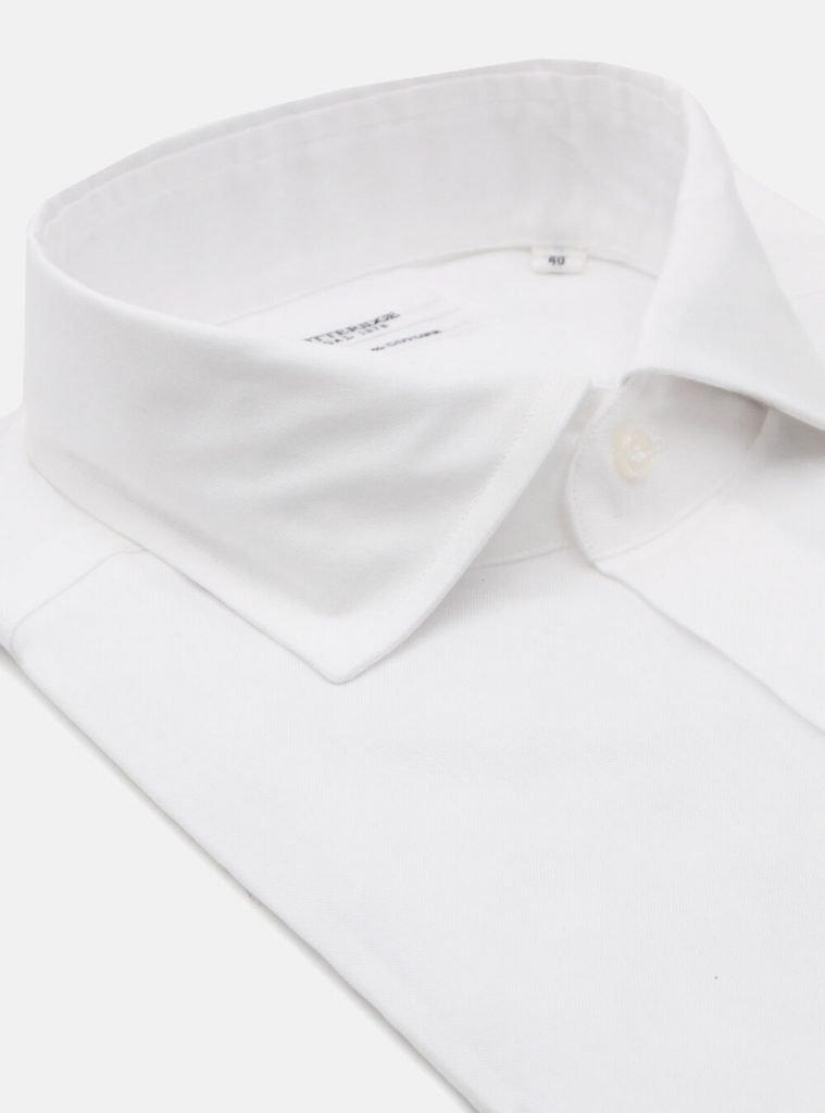 Camicia bianca da uomo Gutteridge per Capodanno 2020 759x1024 - Abito Smoking da Uomo per Capodanno 2020