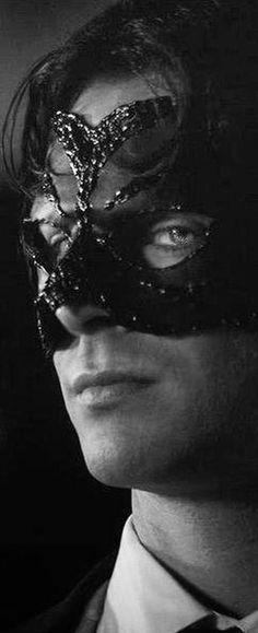 Idea trucco Carnevale uomo Christian Grey - Idee Trucco Carnevale da Uomo