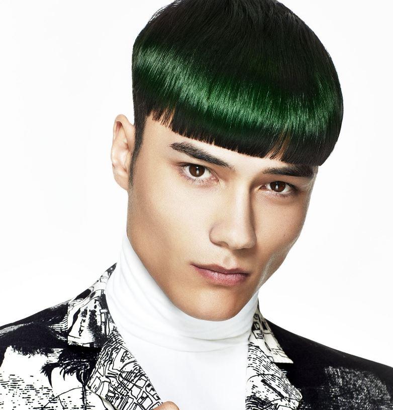 Taglio capelli corti uomo con frangia 2020 - Tagli Capelli Uomo Moda 2020