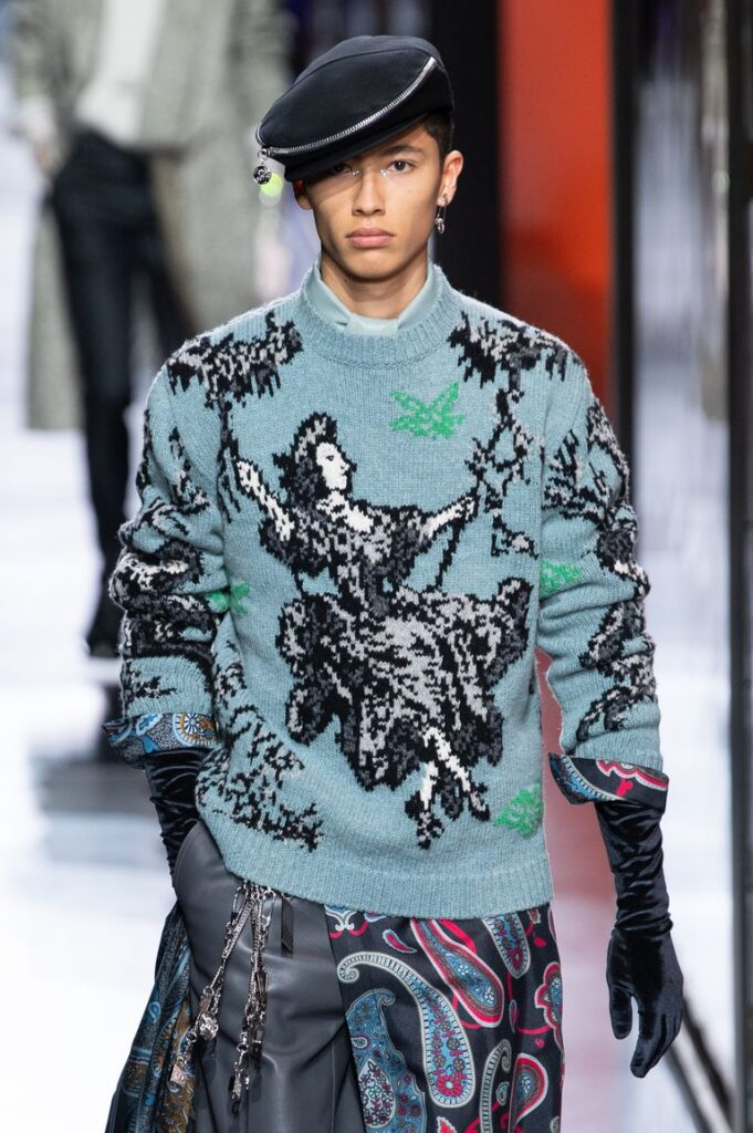 Magioni uomo stile anni 90 moda inverno 2020 2021 681x1024 - Moda Uomo Inverno 2020 2021: Tendenze Abbigliamento