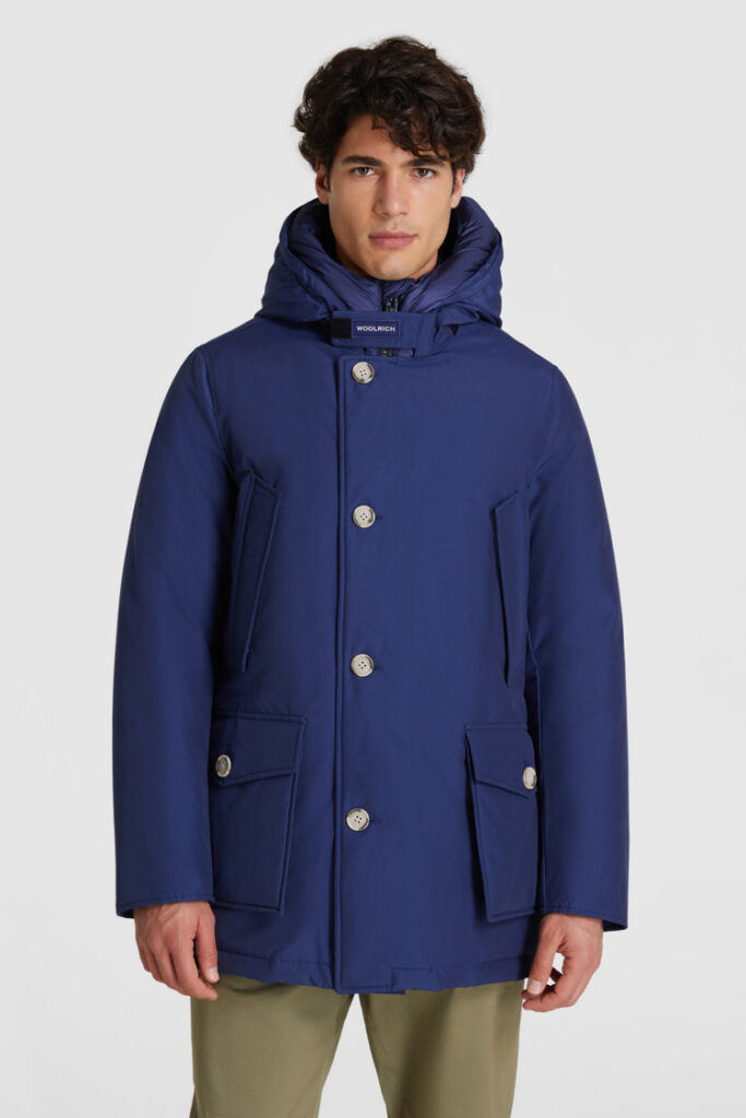 Arctic Parka Woolrich inverno 2021 nuovo colore Blue Iris 683x1024 - Woolrich Parka Uomo Inverno 2020 2021
