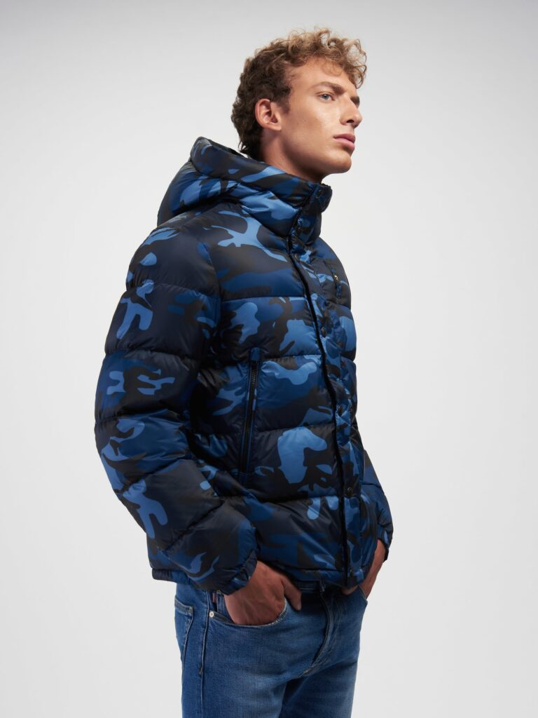 Piumino Blauer camouflage inverno 2020 2021 modello Louis 768x1024 - Piumini Uomo BLAUER Inverno 2020 2021