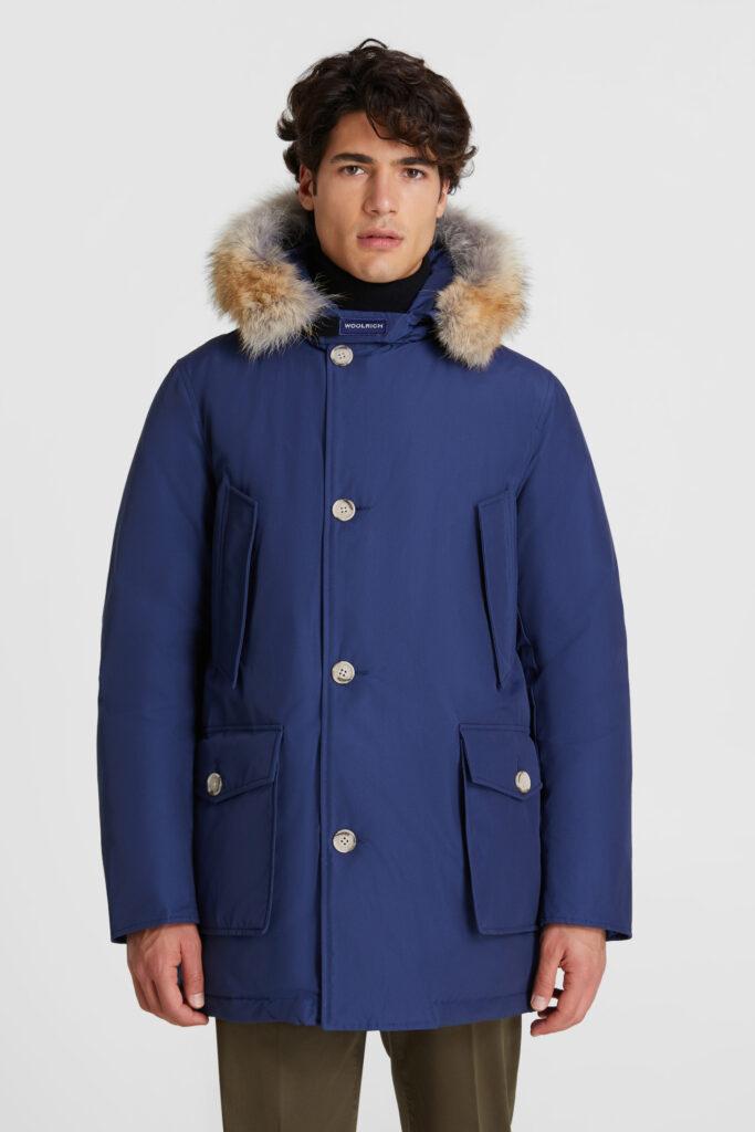 Woolrich Arctic Parka uomo inverno 2020 2021 colore Blue Iris 683x1024 - Woolrich Parka Uomo Inverno 2020 2021